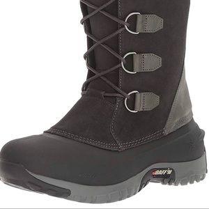 Super warm comfy Baffin snow boots